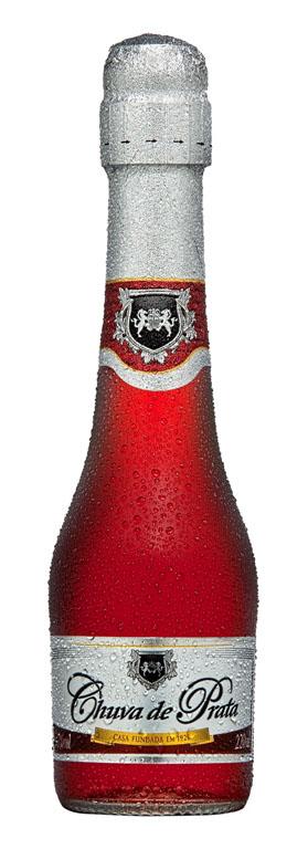 Versão mini da Chuva de Prata chega ao mercado em garrafa de 220ml