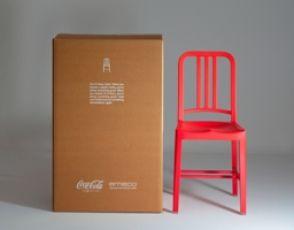 Coca-Cola lança cadeira feita com garrafas pet recicladas