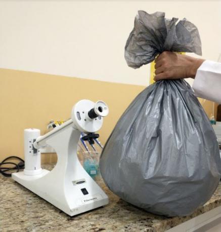 Embalixo desenvolve primeiro saco para lixo capaz de eliminar coronavírus