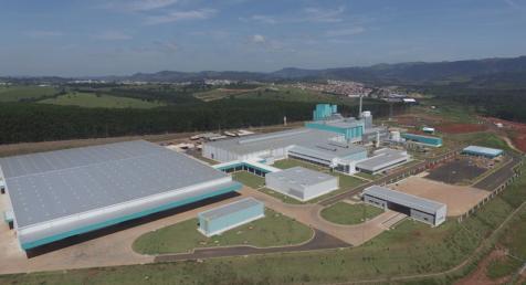 Verallia inaugura uma das mais modernas fábricas de embalagens de vidros do mundo