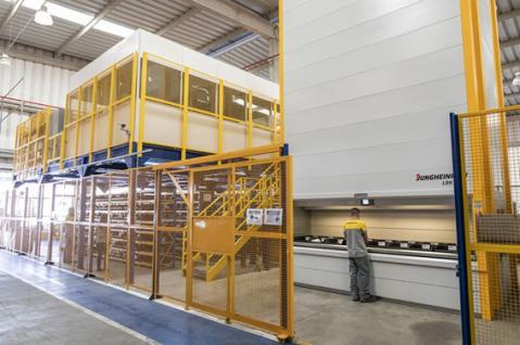 Jungheinrich implanta no Brasil o primeiro sistema de armazém automatizado