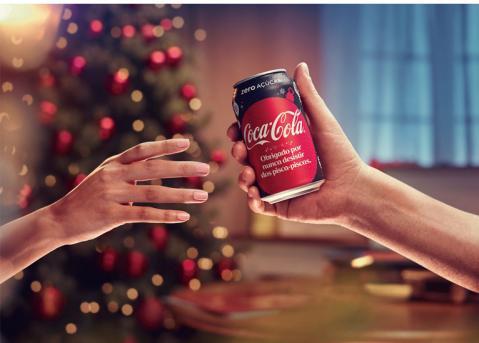 Coca-Cola incentiva o reconhecimento de pequenos gestos para o Natal