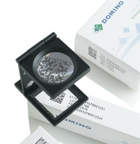 Domino Printing com tinta específica para rastreabilidade de medicamentos