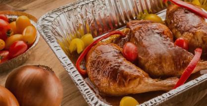 Aumenta demanda de entregas de restaurantes em embalagens de alumínio